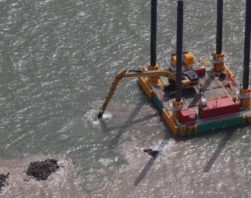 modular jack up barge dredging works