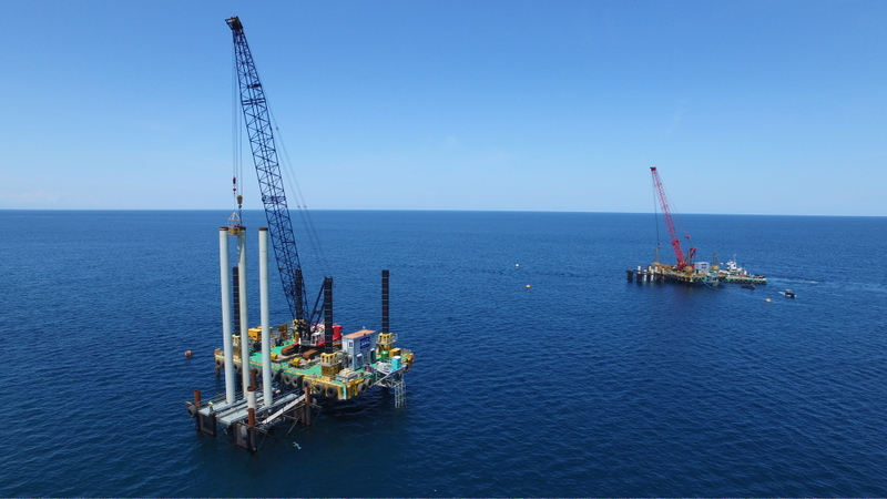 modular jack up barge working on piledriving project