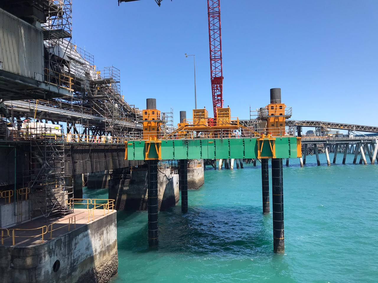 Combifloat C7 jack up with crane on project in Australia
